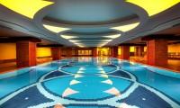 royal_palace_palace_binnenzwembad